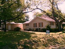 401 S Main St, Ector, TX 75439