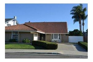 9522 Netherway Dr, Huntington Beach, CA 92646