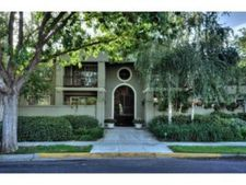 20 Willow Rd Apt 35, Menlo Park, CA 94025