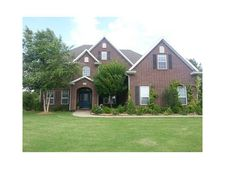 2392 Marylane Dr, Rogers, AR 72756