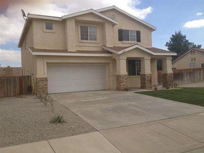 12417 Cobalt Rd, Victorville, CA