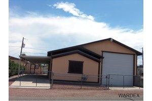 580 Seafair Dr, Bullhead City, AZ 86442