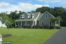 32052 Griffith Dr, Galena, MD 21635