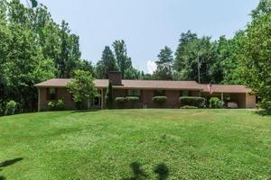 7621 Lowland Ln, Knoxville, TN 37920