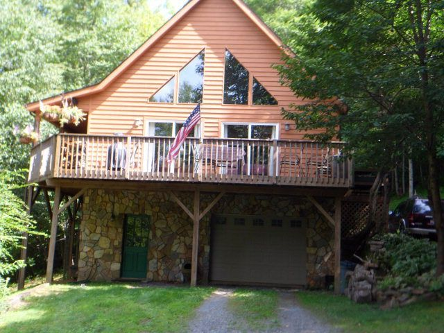 727 timberlane dr boone nc 28607 home for sale and for Boone cabins for sale