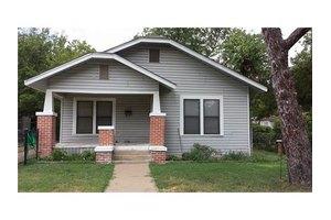 2113 Loving Ave, Fort Worth, TX 76164
