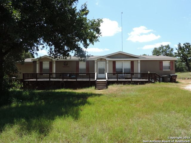 215 shady oaks dr floresville tx 78114 home for sale and real estate listing