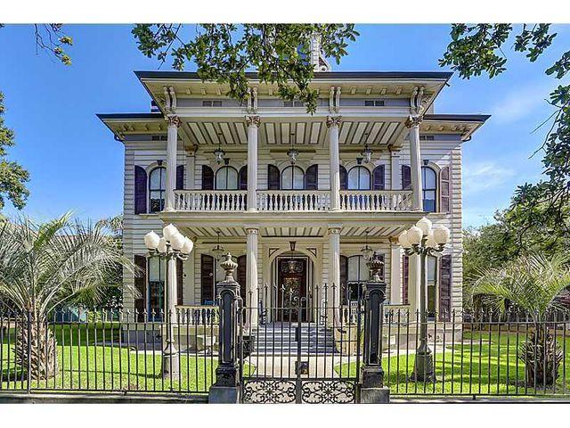 3711 Saint Charles Ave, New Orleans, LA