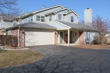1491 Club Dr Unit 61, Glendale Heights, IL 60139