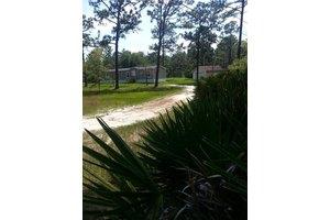 2023 Shannon Rd, Navarre, FL 32566