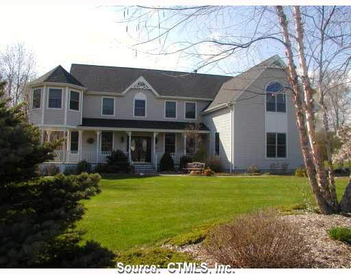 134 Hoyt Ln, Guilford, CT 06437
