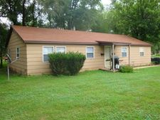 2208 E Mulberry St, Sioux Falls, SD 57103