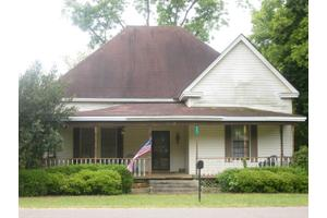 217 W Main St, Plains, GA 31780