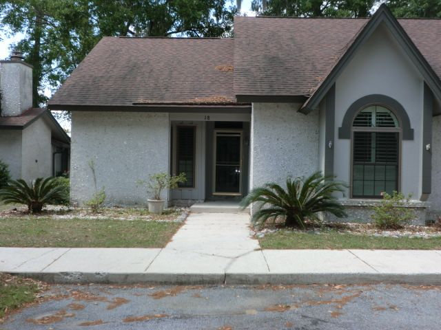 18 Shipwatch Rd, Savannah, GA 31410