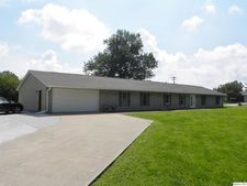 102 E Spring St, Camp Point, IL 62320