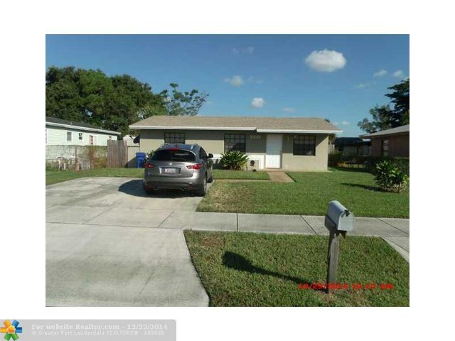 2891 Nw 25th St, Fort Lauderdale, FL 33311
