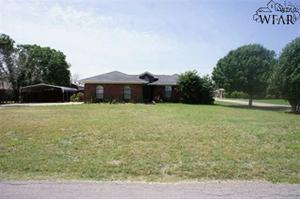 530 Vickers Ct, Iowa Park, TX 76367