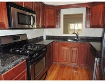 4 Mayberry Dr Unit F, Westborough, MA 01581