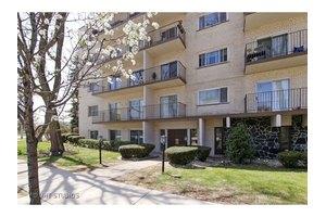 8630 Ferris Ave Unit 102, Morton Grove, IL 60053