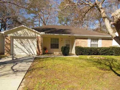 2072 Foster Dr, Tallahassee, FL