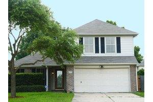 6375 Crossway Dr, Houston, TX 77084