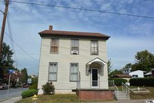 65 W High St, Middletown, PA 17057
