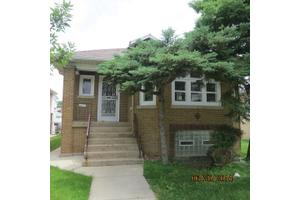 6151 N Nagle Ave, Chicago, IL 60646