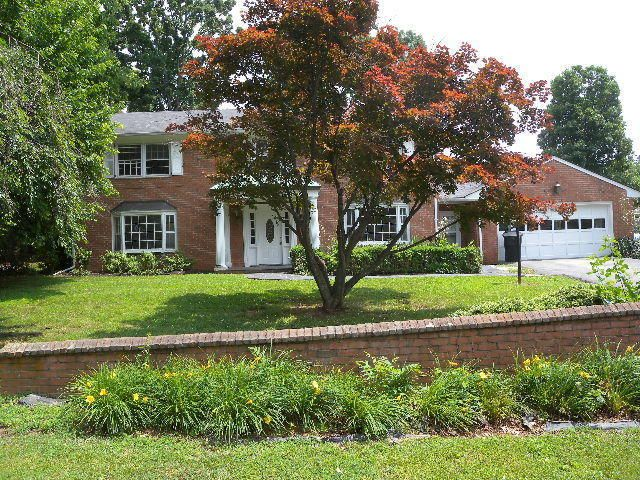 5281 N Spring Dr Roanoke Va 24019 Home For Sale And Real Estate Listing