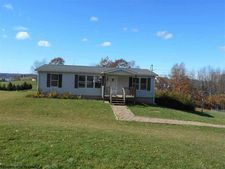 83 Pleasant Valley Dr, Reedsville, WV 26547