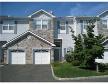 3 Linda Ct, Old Bridge, NJ 08879
