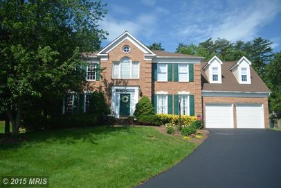 21247 Smokehouse Ct, Ashburn, VA 20147