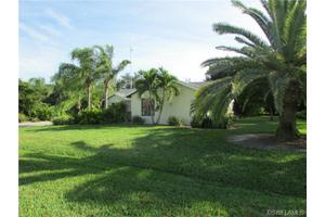 935 SE 4th Pl, Cape Coral, FL 33990
