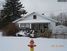 6396 Struthers Rd, Lowellville, OH 44436