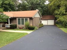 27W522 Manchester Rd, Winfield, IL 60190