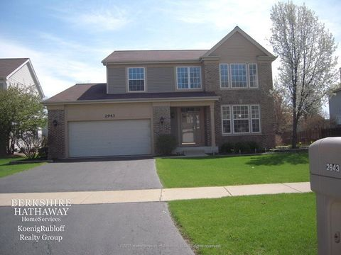2943 Andrus Dr, West Chicago, IL 60185