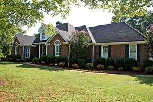 1011 Station Dr, Watkinsville, GA 30677