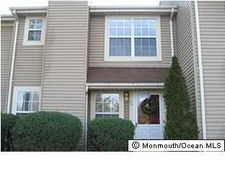 26 Alameda Ct, Eatontown, NJ 07724
