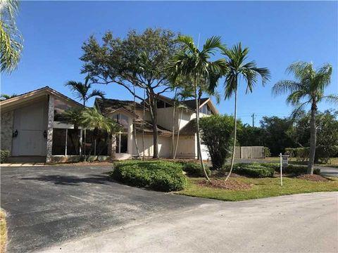 15205 Sw 73rd Ct, Miami, FL 33157