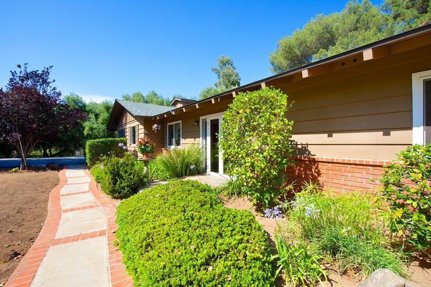 3134 Quiet Hills Dr, Escondido, CA 92029 - realtor.com®
