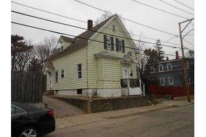 29 Dorchester Ave, Providence, RI 02909