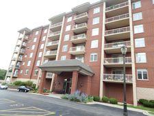 8440 Callie Ave Unit 601, Morton Grove, IL 60053