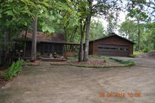 114 Camellia Ln, Box Springs, GA 31801