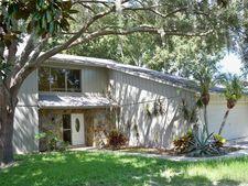 134 Lake Shore Dr N, Palm Harbor, FL 34684