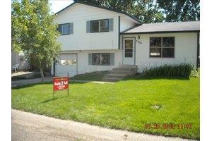 8200 Hallett Ct, Fort Collins, CO 80528