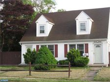 135 Nicholson Rd, Mount Ephraim, NJ 08059