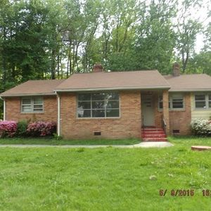 526 Heth Rd, Petersburg, VA 23805 - realtor.com®