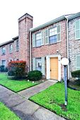 92 W Park West Dr, Houston, TX 77072