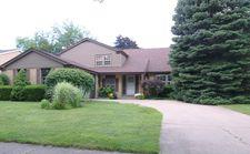 2226 Greenwood Rd, Glenview, IL 60026