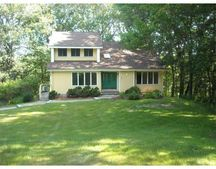 31 Valley Rd, Ashland, MA 01721