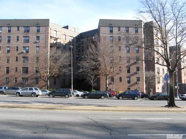 83-55 Woodhaven Blvd Unit 3B Woodhaven, NY 11421